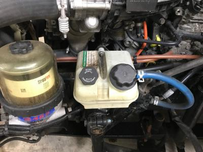 Freightliner Cascadia Power Steering Reservoir