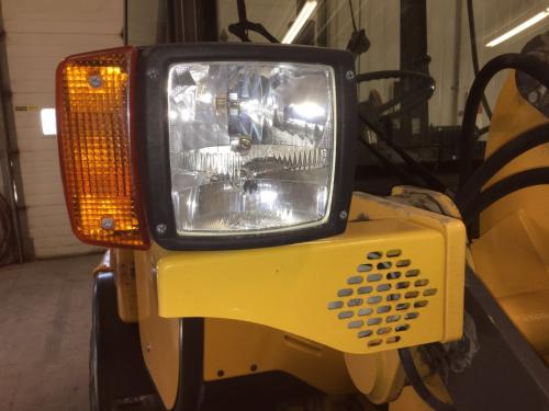 2008 Volvo L20B Right Lighting, Misc.: P/N VOE11882263