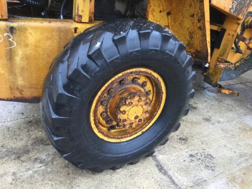 1971 Case W18 Right Tire And Rim: P/N RR