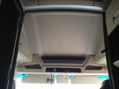 Kenworth T680 Headliner