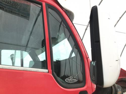 Kenworth T2000 Door Vent Glass