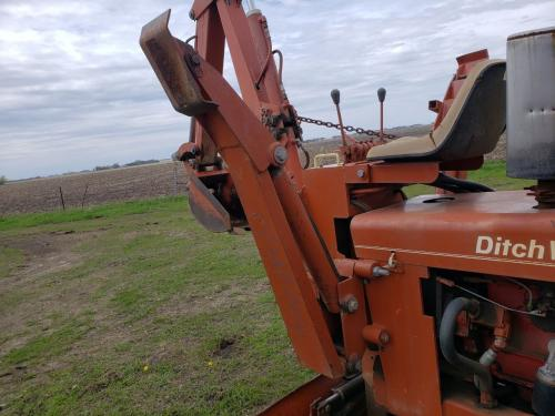 1973 Ditch Witch R40 Left Outrigger: P/N 321-301