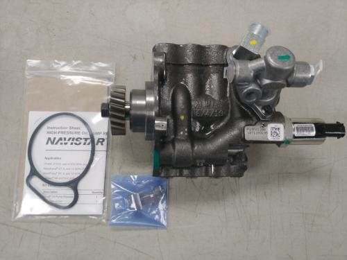 International DT466E Oil Pump