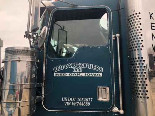 Kenworth W900L Door