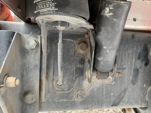 Kenworth T660 Brackets, Misc