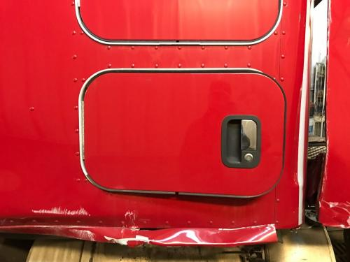 Kenworth T680 Door