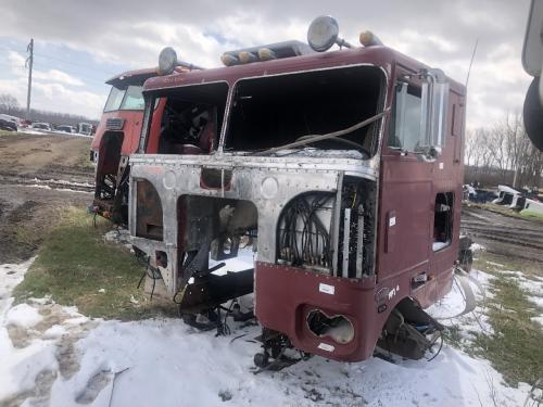 1976 Peterbilt 352 COE Parts Unit