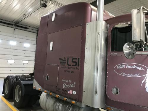 1996 Peterbilt 379 Sleeper