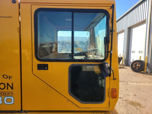 1995 Tennant 830 Right Door Assembly: P/N 761841